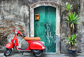 vespa scooter and charming atmosphere in Italy